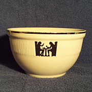 "Hall China 8 7/8"" Silhouette Medallion Bowl in Excellent Condition"
