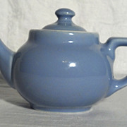 Hall Small Light Blue Teapot in Excellent Condition