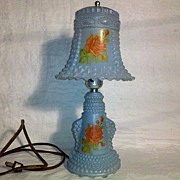 Vintage Hobnail Glass lamp in Excellent Condition