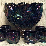L.E. Smith Glass Aztec Amethyst Punch Set in Excellent Condition
