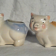 Shawnee Pig Planter (Pair) Blue Rim/Yellow Rim