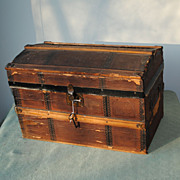 Dome Doll Trunk Circa 1890-1900 With Wood And Metal Trim