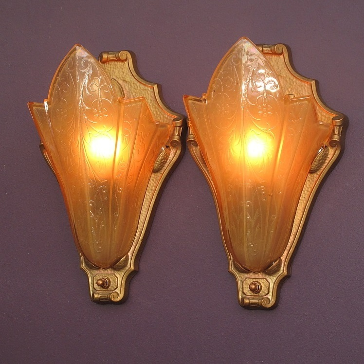 Wall Sconces Deco : Perfect Home Theater Art Deco Vintage Wall Sconces from vintagelights-online on Ruby Lane