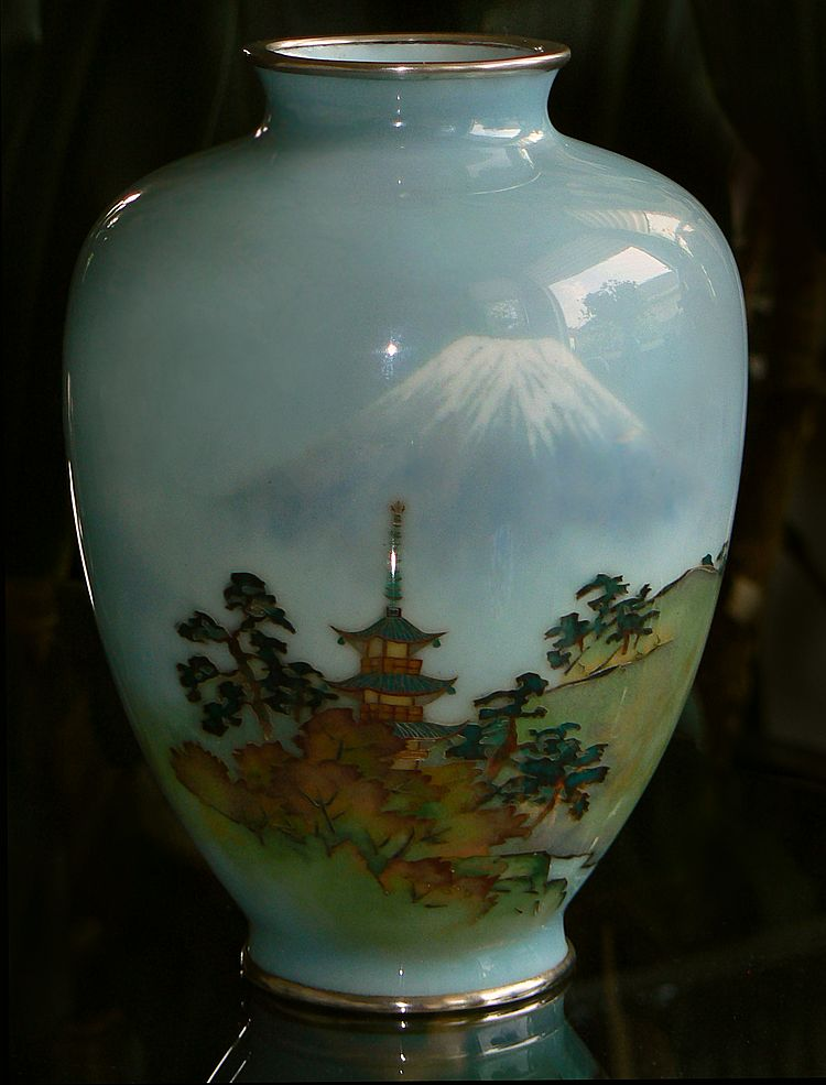 Japanese Cloisonne Vase with FineWireless Enamel - Mt Fuji