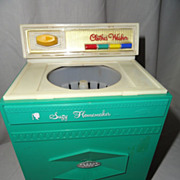 Suzy Homemaker Plastic Toy Washer