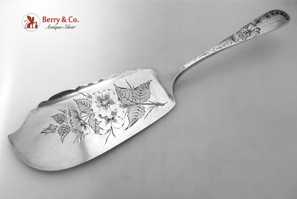 Lily of the Valley Engraved Fish Server Wild Rose Blade 1880 Sterling Silver No Monogram
