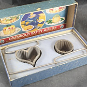 GRISWOLD Set No. 2 Patty  Molds With Original Box