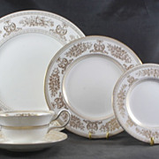 5 Piece Plate Setting WEDGWOOD Gold Columbia Never Used