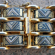 Vintage Retro 1940's Large Three Tier Damascene Bracelet.