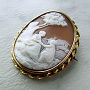 "Beautifully Carved ""Courtship"" Cameo Brooch"