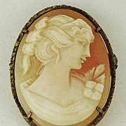 Pretty Hand Carved Shell Cameo Brooch & Pendant in Silver