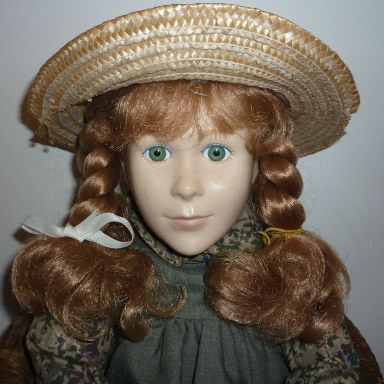 Irwin~ Anne of Green Gables~ Waiting at The Station Doll -Unplayed with