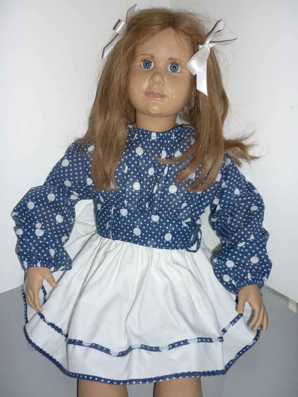 1950's Polka Dot Dress-perfect for large Dolls-Excellent condition