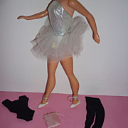 Mattel-Barbie ~Ballerina Outfit- #989 From 1961-1965 -Very Nice