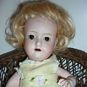 "Morimura Bros. Baby Doll - 10"" Blonde Wig -Brown Eyed Sweetheart"