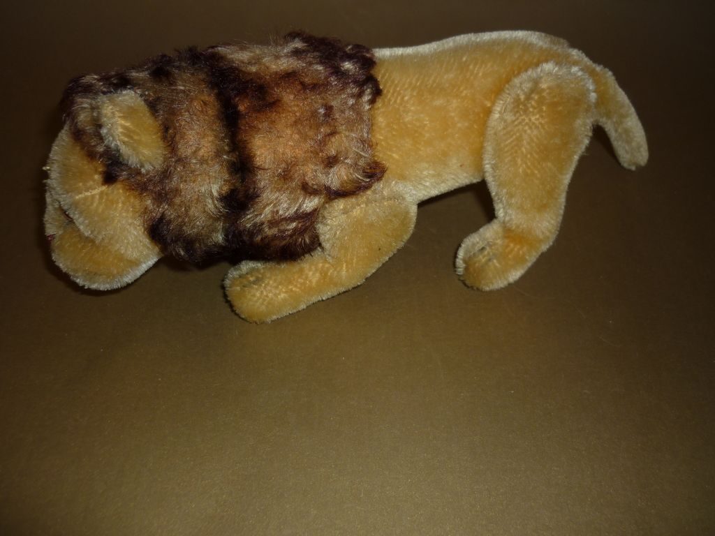 "Steiff-Jointed Lion from the 1960's - 10"" long"