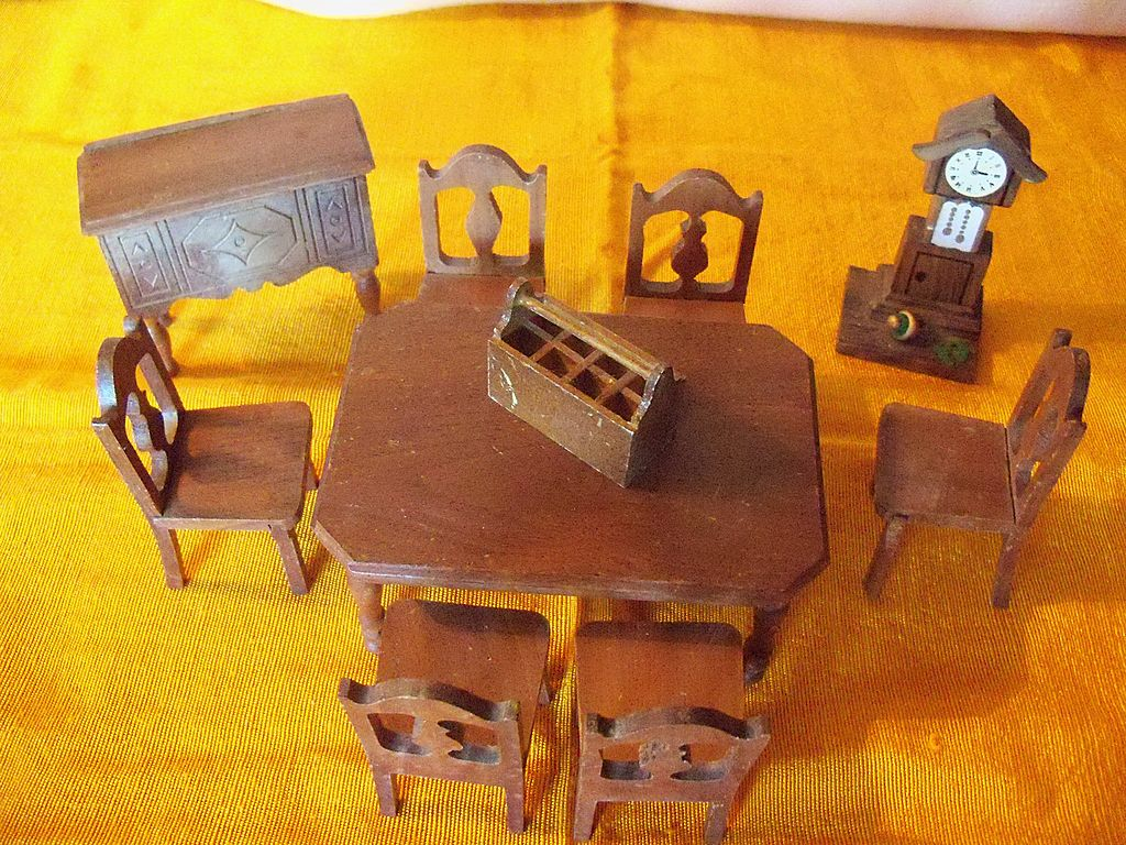 Vintage StromBecker Dollhouse Dining Room Set -10 piece