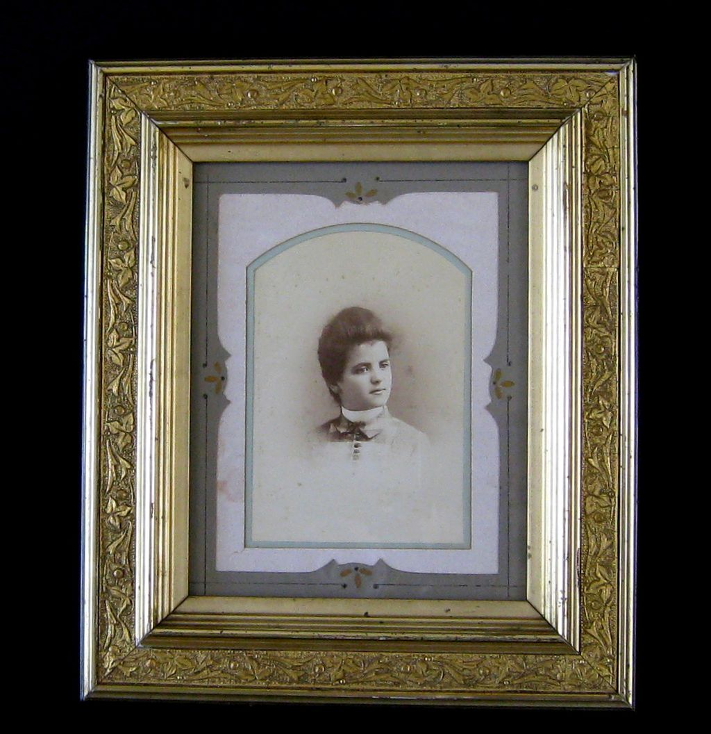 Antique Victorian Gilt Picture Frame c.1880 ~ Original Decorative Mat