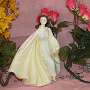 Royal Doulton Alexandra women lady Figurine HN 2398