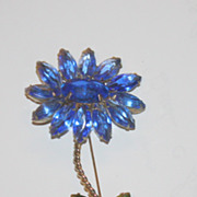 Vintage blue and green stone flower pin brooch gold tone STUNNING
