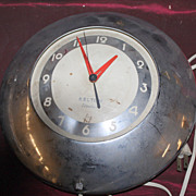 Vintage Chrome Deco Kelton Cuisine round electric clock