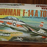Airfix vintage Grumman f-14a Tomcat 1/72 scale model kit airplane
