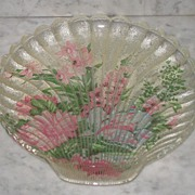 REDUCED Shell Shaped Vanity Dish