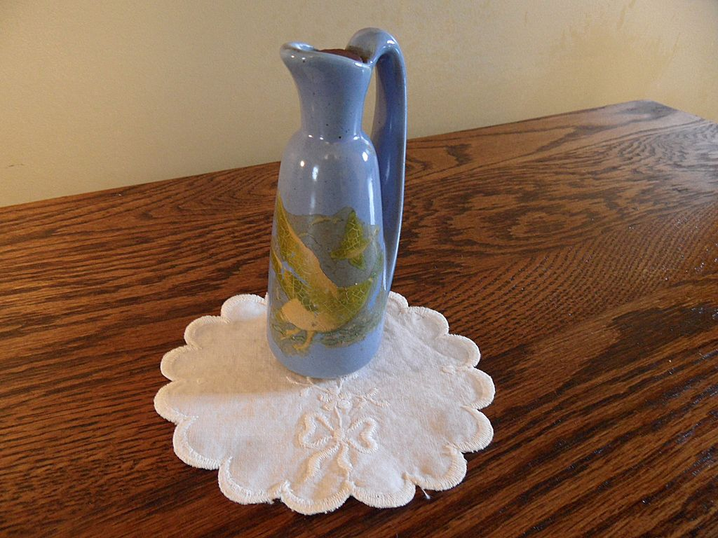 Vintage - Porcelain - Sake or Oil Bottle