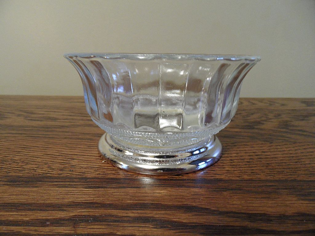Vintage - Silverplate and Glass - Bowl - Indonesia