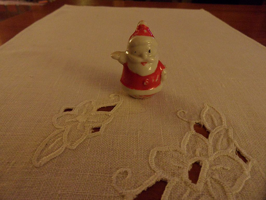 Vintage - Porcelain - SMALL - Santa Card Holder