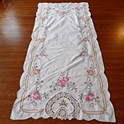 SALE Vintage - Linen Table Runner with Two Placemats