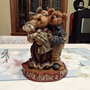 SALE Collectible - Boyd's Bear's  - Momma & Papa McNewBear w/Baby Bundles