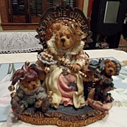 SALE Collectible - Boyd's Bear's  - Elizabeth w/Resenantz & Guilerstein...I AM the Queen