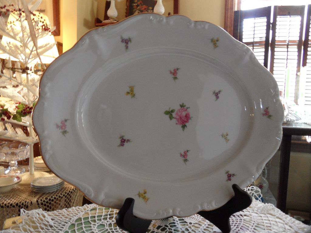Vintage - Johann Haviland - Scalloped Edges Rosebud - Serving Platter