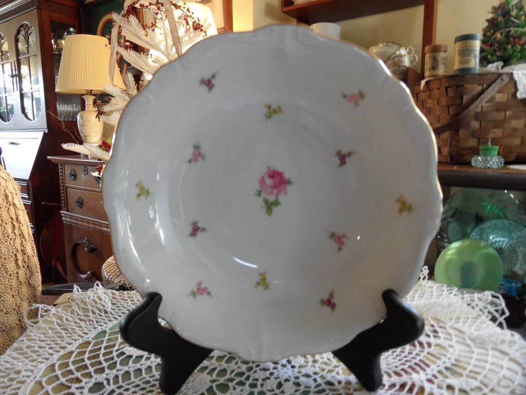 Vintage - Johann Haviland - Scalloped Edges Rosebud - Soup Bowl