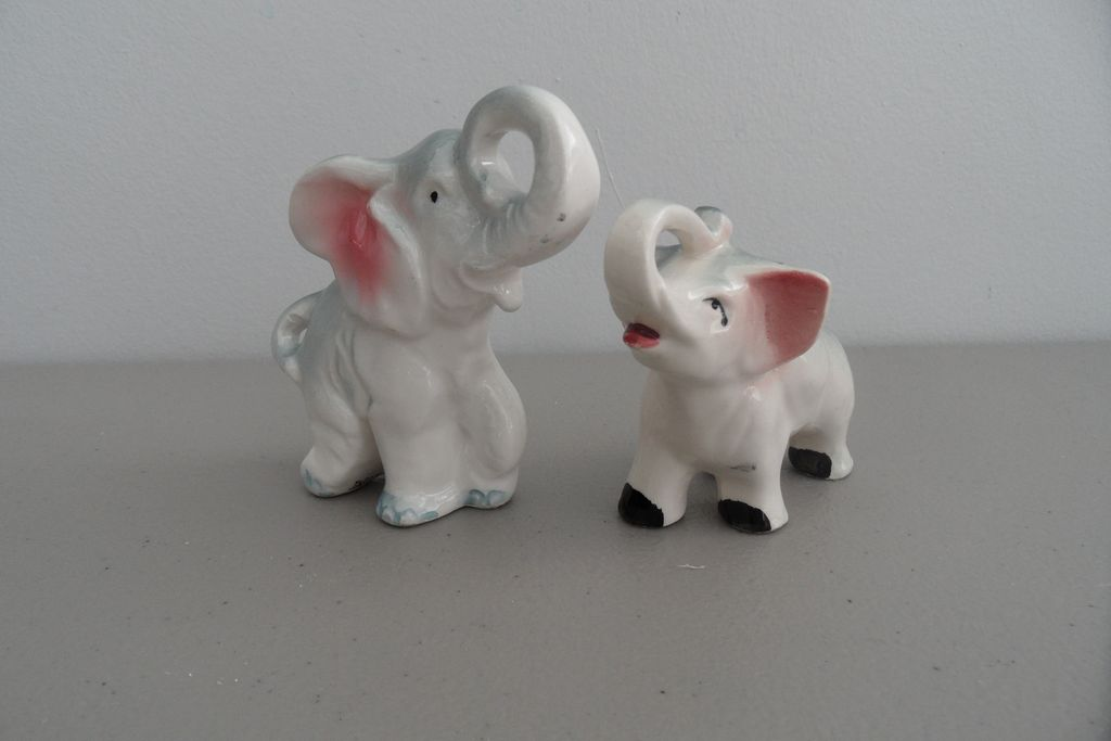 Vintage - Japan - Elephant Figurines