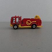 Vintage - Isuzu Fire Truck - Snoopy Corp.