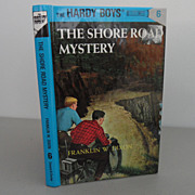 Vintage - Book - The Hardy Boys - The Shore Road Mystery