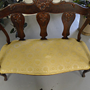 Antique - Mahogany Settee