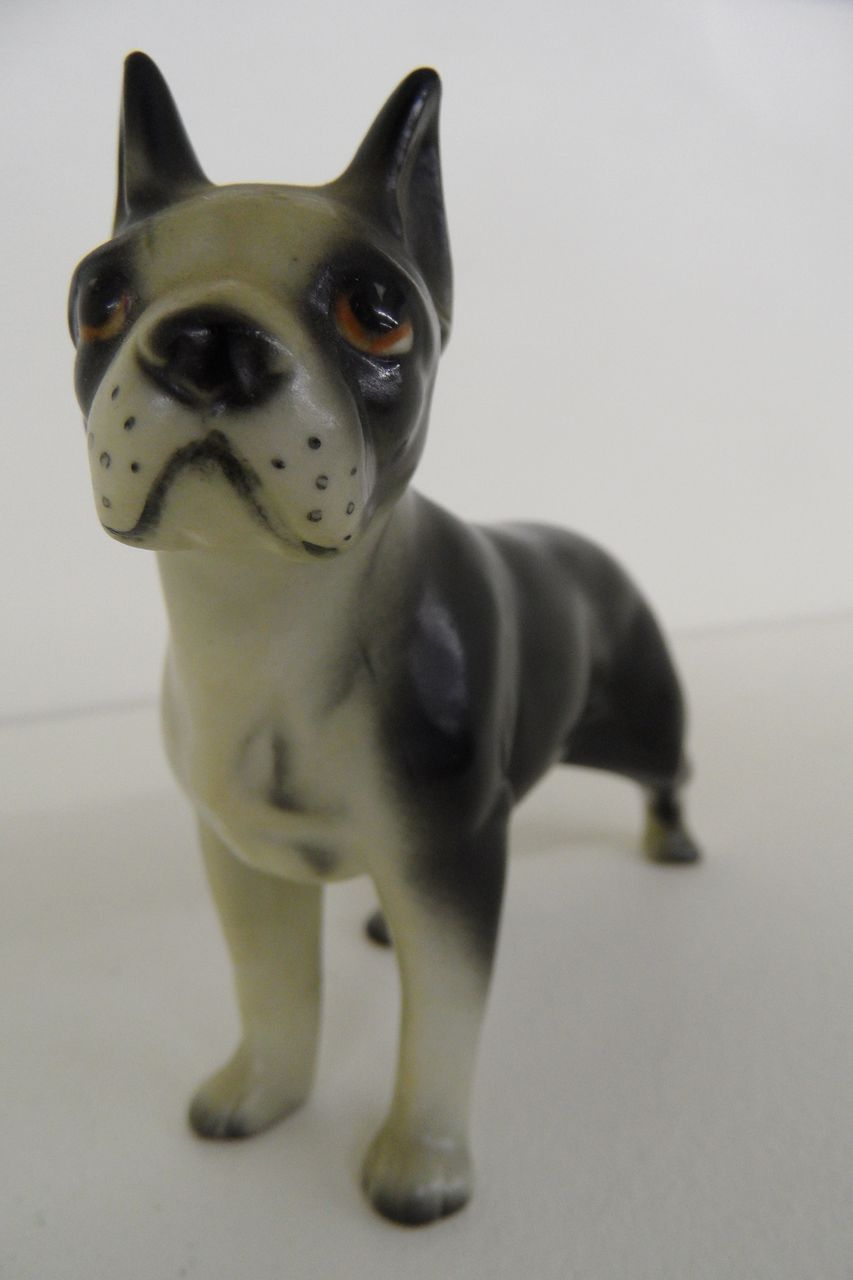 Vintage - Porcelain - Figurine - Dog