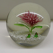 Vintage - Paperweight - Flowers and Frogs