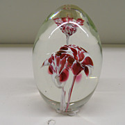 Vintage - Paperweight - White Eared Flowers