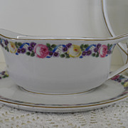 Vintage - Porcelain - Rosenthal Selb Bavaria - Gravy Boat w/Attached Underplate