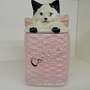 Vintage - Pottery - McCoy Kitten in a Basket Cookie Jar