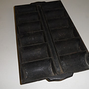 Vintage - Cast Iron - Corn Roll Pan