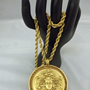 Vintage Goldette Classical Pendant Necklace