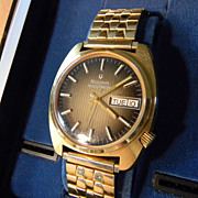 Bulova Accutron Watch Model 2182 in Original Box      **Running**