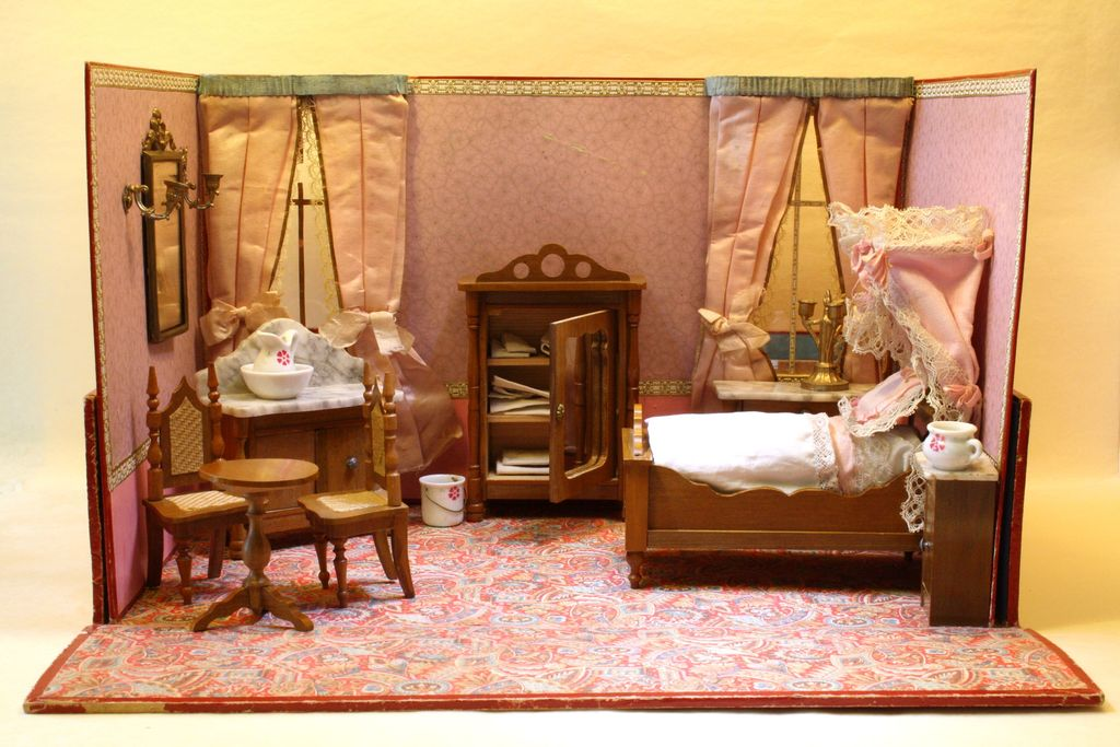 The Pink Bedroom - Antique Miniature Boxed Bedroom with Schneegas furniture - For the French Market