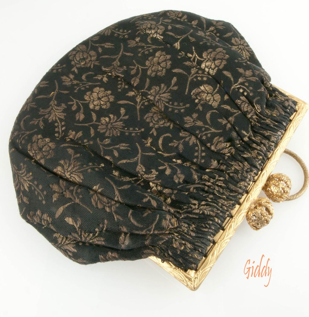 1930's Silk Brocade Purse *Pretty & Petite