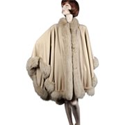 "Yves Saint Laurent Fox & Cashmere Cape *222"" Hem *1980's *France"